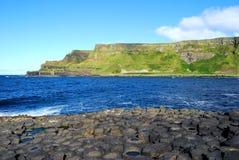 De Verhoogde weg van de reus, de kust van Antrim, Noord-Ierland Stock Fotografie