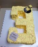 3de verjaardags gele cake Royalty-vrije Stock Foto