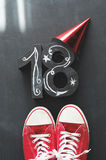 18de Verjaardagsconcept met tennisschoenen Royalty-vrije Stock Afbeeldingen