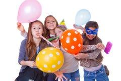 De verjaardagspartij van jonge geitjes Stock Foto
