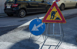 De verkeerslichten werken lopend aan een stadsstraat Royalty-vrije Stock Fotografie