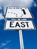 De verkeersteken van Alaska op Glenn Highway Stock Foto
