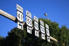 De Verkeersteken van de weg Stock Afbeeldingen