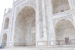 De verkliga indepth arbetena av världen - bred berömd monument royaltyfria foton