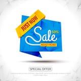 De verkoop etiketteert Grafische Elementen in Document Origamistijl Promotie marketing van en speciale aanbieding 50 percentsmark Royalty-vrije Stock Foto's