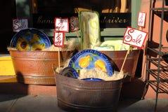 De verkoop van het aardewerk stock afbeeldingen