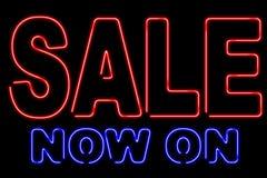 De verkoop van het neon royalty-vrije stock afbeeldingen