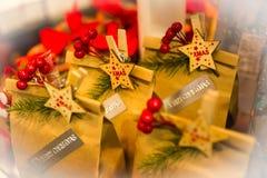 De verkoopcabine van stelt tijdens het Kerstmisseizoen voor royalty-vrije stock foto's