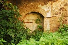 De verlaten Bouw in Jajce Stock Foto