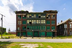 De verlaten bouw in Kaïro, IL Stock Foto's
