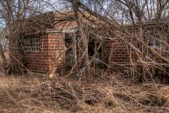 De verlaten Bouw in Minnesota rot langzaam stock foto's