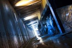 De verlaten Sneeuw wierp Tunnel af Royalty-vrije Stock Afbeeldingen