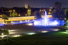 De verlichte fontein Stock Foto's