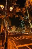 De verlichte stad van Osaka, Midousuji-weg, Japan Royalty-vrije Stock Foto's