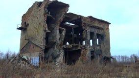 De vernietigde bouw na het bombarderen door de Nazien in 4K-Video stock footage