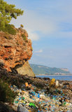 De verontreiniging van de aard bij zeekust Royalty-vrije Stock Afbeelding