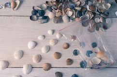 De verpakking en de verkoop van mariene Herinneringen, een kleine onderneming Royalty-vrije Stock Afbeelding