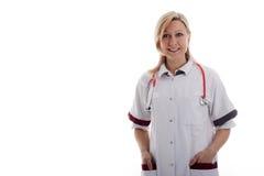 De verpleegster met dient de zakken in Stock Foto's