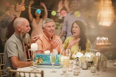 De verrassingsverjaardag behandelt royalty-vrije stock afbeeldingen