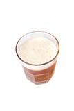 De verre complètement de la bière d'isolement Photographie stock