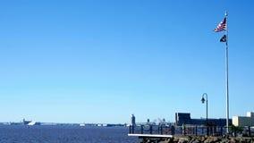 De verschepende haven in Duluth Minnesota tijdens een zonnige ochtend