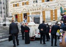 De verschijning van de officiële vertegenwoordiger van Pausfrancis van Roman Catholic Church stock afbeelding