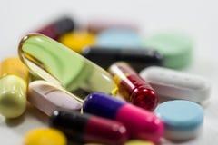 De verschillende mengeling van de de capsulehoop van Tablettenpillen Royalty-vrije Stock Fotografie