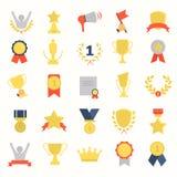 De verschillende toekenning en de prijzen kleuren vlakke geplaatste pictogrammen Stock Foto