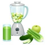 De verse besnoeiings groene appelen, de komkommers en de selderie in een glaskom van de mixer Royalty-vrije Stock Afbeelding
