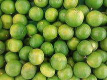 De verse groene achtergrond van de citroentextuur Stock Afbeelding