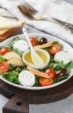 De verse salade van de geitkaas Stock Foto's