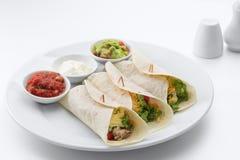 De verse yummy Mexicaanse taco's van Nice op witte rug stock afbeelding