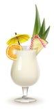 De versierde cocktail van Pina Colada die op wit wordt geïsoleerdh Royalty-vrije Stock Afbeelding