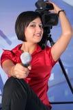 De verslaggever van TV in studio Royalty-vrije Stock Fotografie