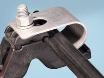 De versterkte plastiek en metaalklem van de kabelsteun met figuur 8 kabel Royalty-vrije Stock Foto