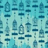 De verticaal van de Ramadanlantaarn hangt conect naadloos patroon Stock Afbeeldingen