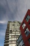 De verticale Flatgebouwen met koopflats van het Blok Royalty-vrije Stock Fotografie