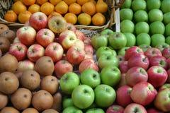 De Vertoning van de Markt van het fruit Stock Foto