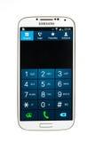 De vertoning van het de Melkwegs4 toetsenbord van Smartphone Samsung op witte bedelaars wordt geïsoleerd die Stock Fotografie