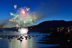 De vertoning van het vuurwerk bij Engelse Baai Royalty-vrije Stock Afbeelding