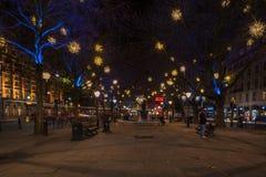 De Vertoning van Kerstmislichten op Hertog van York, Londen het UK stock afbeelding
