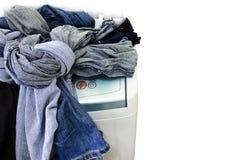 De verwarrings zware doeken van de wasmachine Stock Fotografie