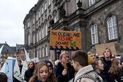 DE VERZAMELING VAN HET KLIMAATVERANDERINGprotest IN KOPENHAGEN DENEMARKEN royalty-vrije stock foto's