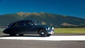 De Verzameling van Oldtimer - Tatra 87, 1940 Stock Afbeeldingen