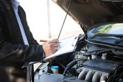 De Verzekering van de auto stock foto