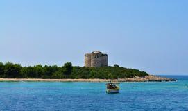 De vesting Arza - Adriatische Overzees stock fotografie