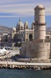 De vesting en de Kathedraal van Marseille Stock Foto