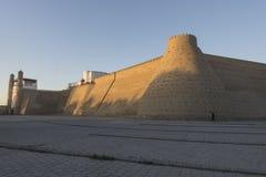 De vesting van Boukhara bij zonsondergang stock afbeelding