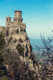 De vesting van Guaita van Roccadella in San Marino stock afbeelding