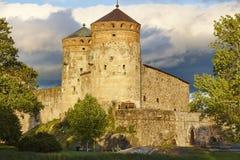 De vestingstoren van het Savonlinnakasteel Het oriëntatiepunt van Finland Finse heri royalty-vrije stock foto